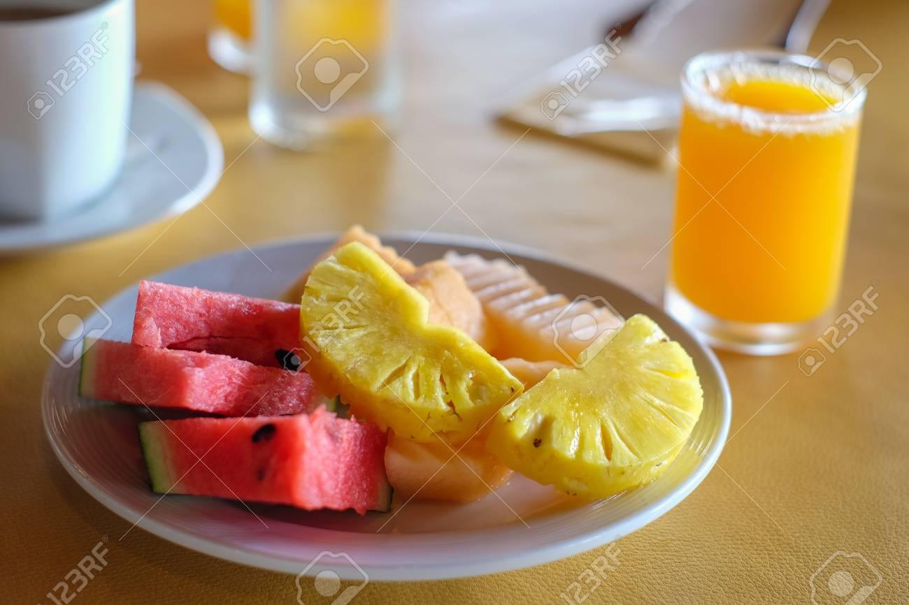 jugo de sandia naranja y piña