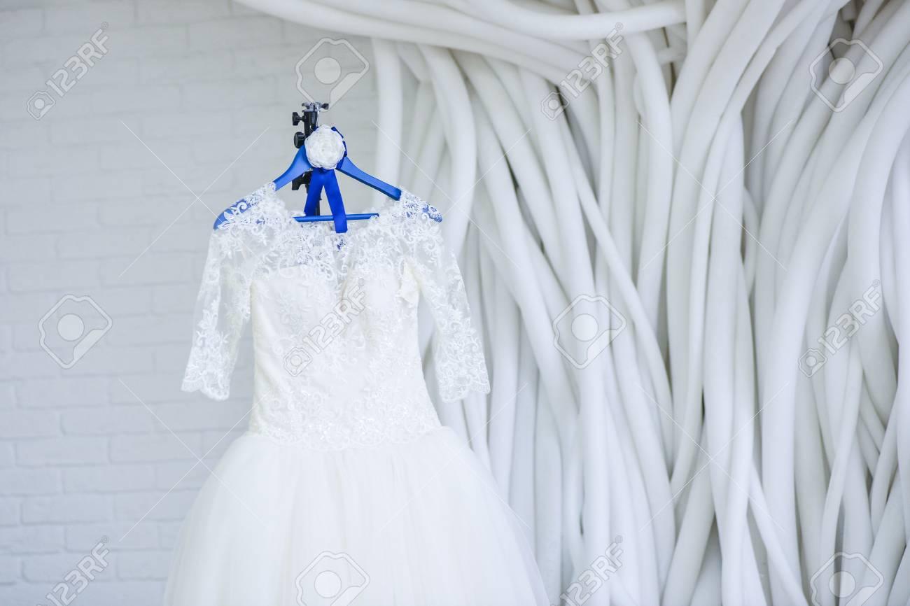 Colorful White Room Wedding Dresses Sketch - All Wedding Dresses ...