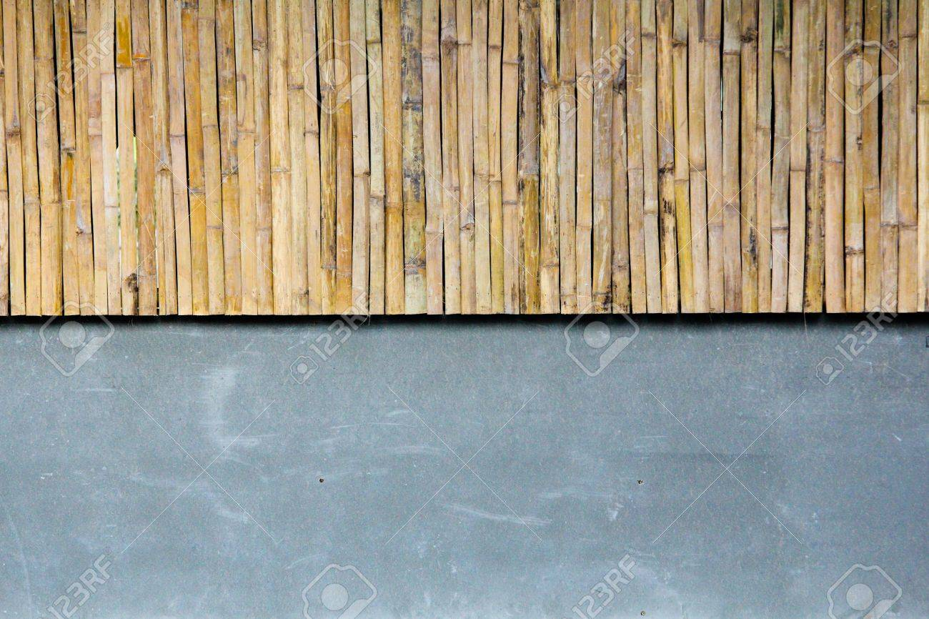 Half bamboo wall with concrete Stock Photo - 16634931