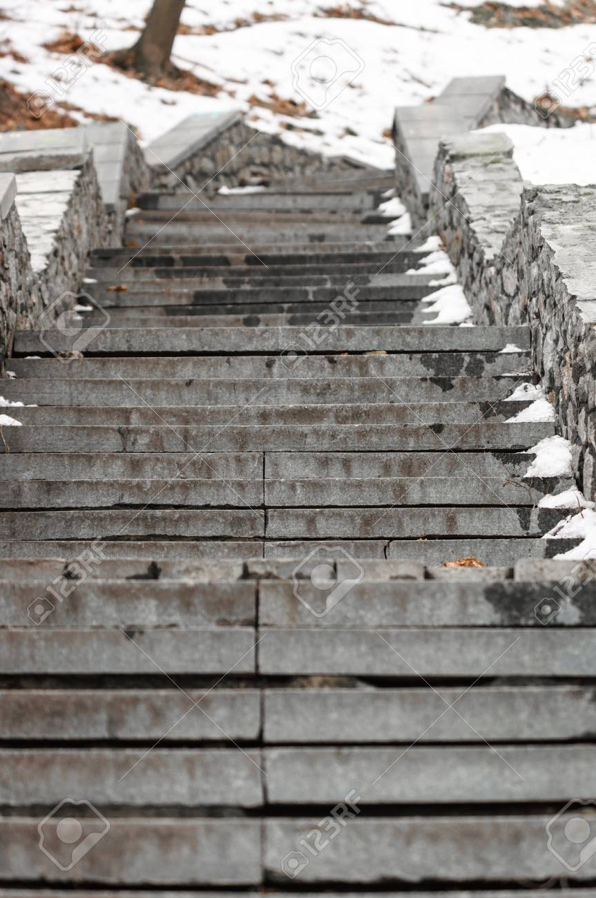 Old Stairs in the winter Stock Photo - 14302373