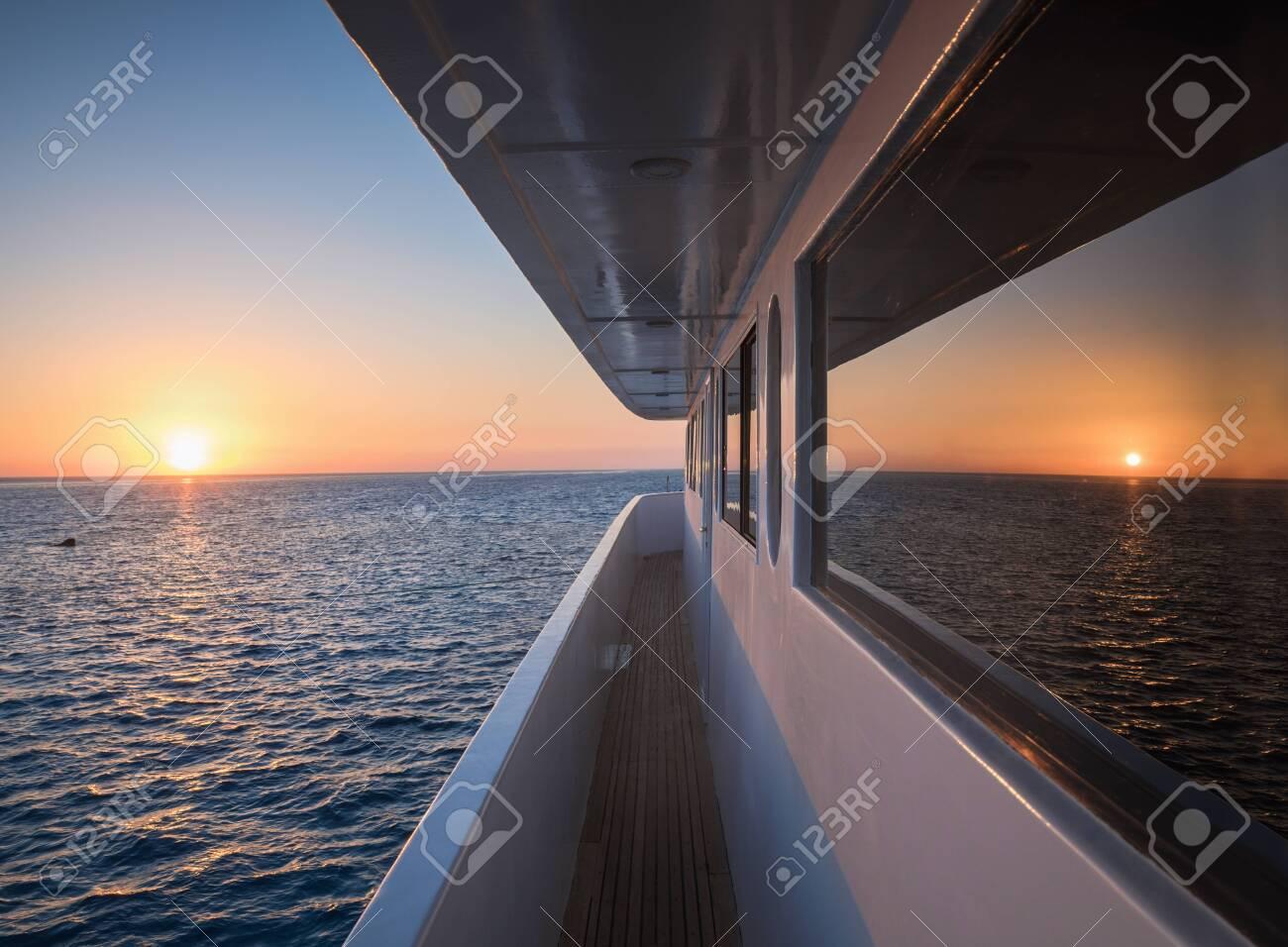Corridor of luxury yacht - 128704424