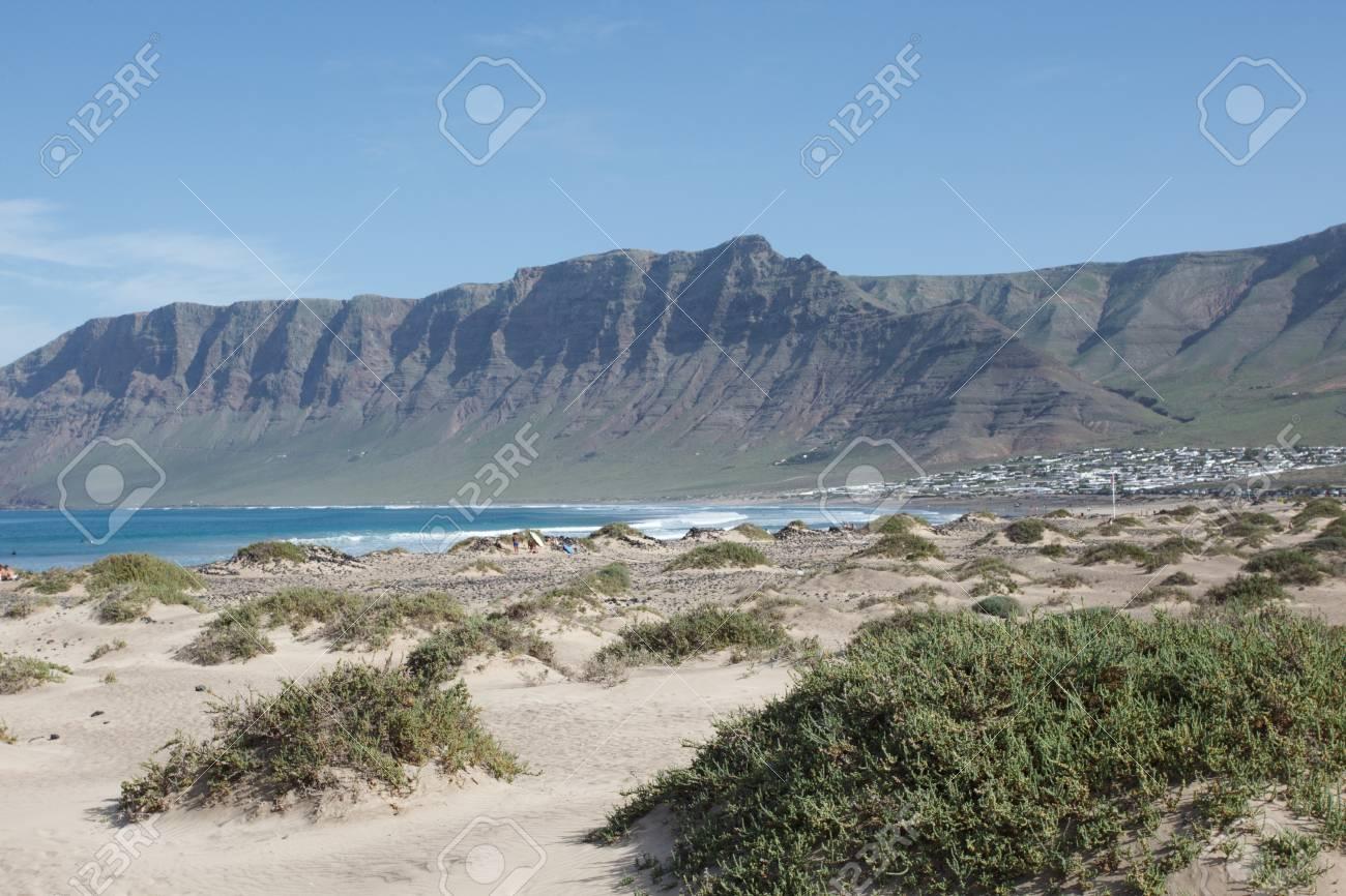 Surf Beach Famara on Lanzarote. - 81553136