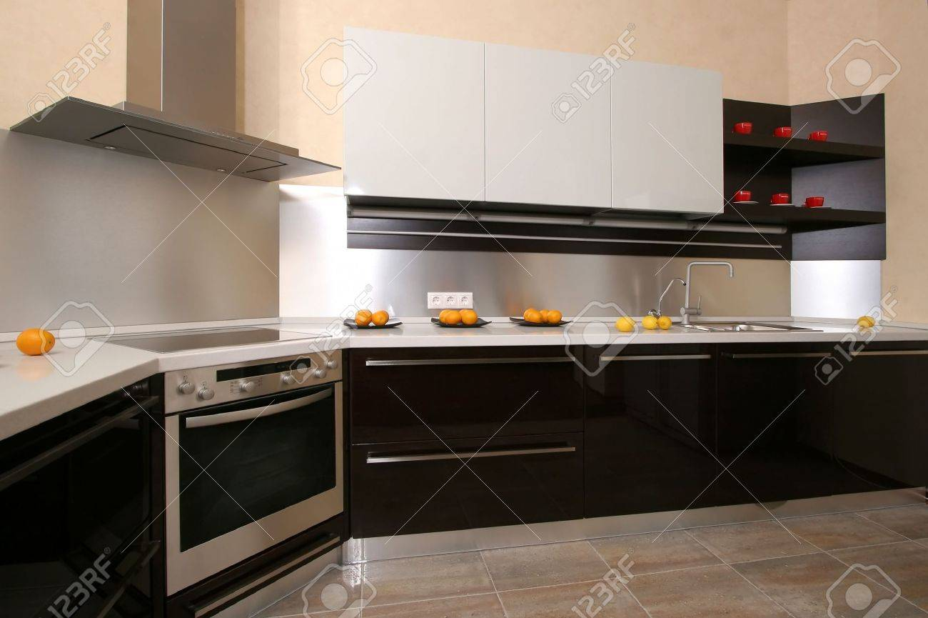 Modern kitchen with the built in home appliances Stock Photo - 4838318