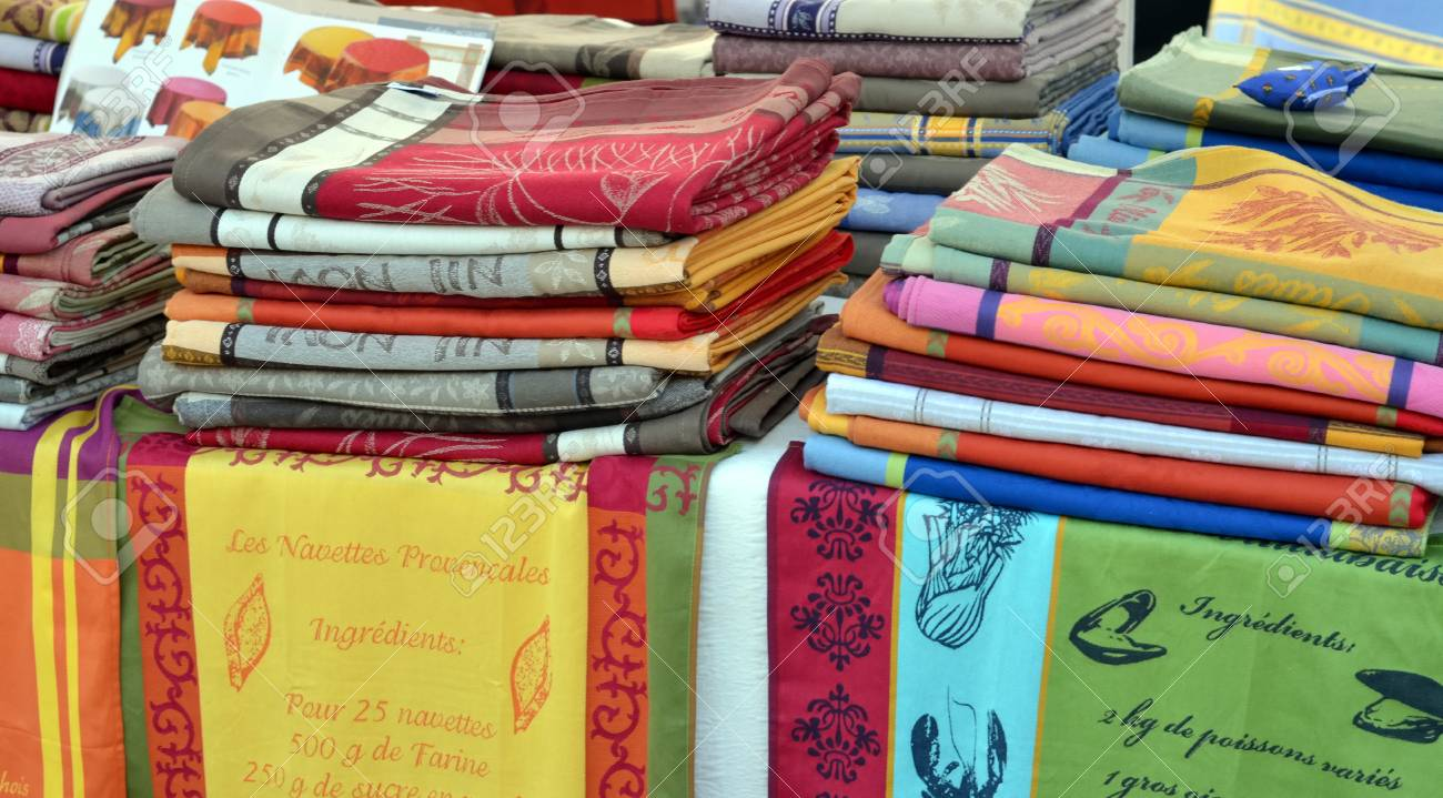 Sales of kitchen towels with recipes of French cuisine