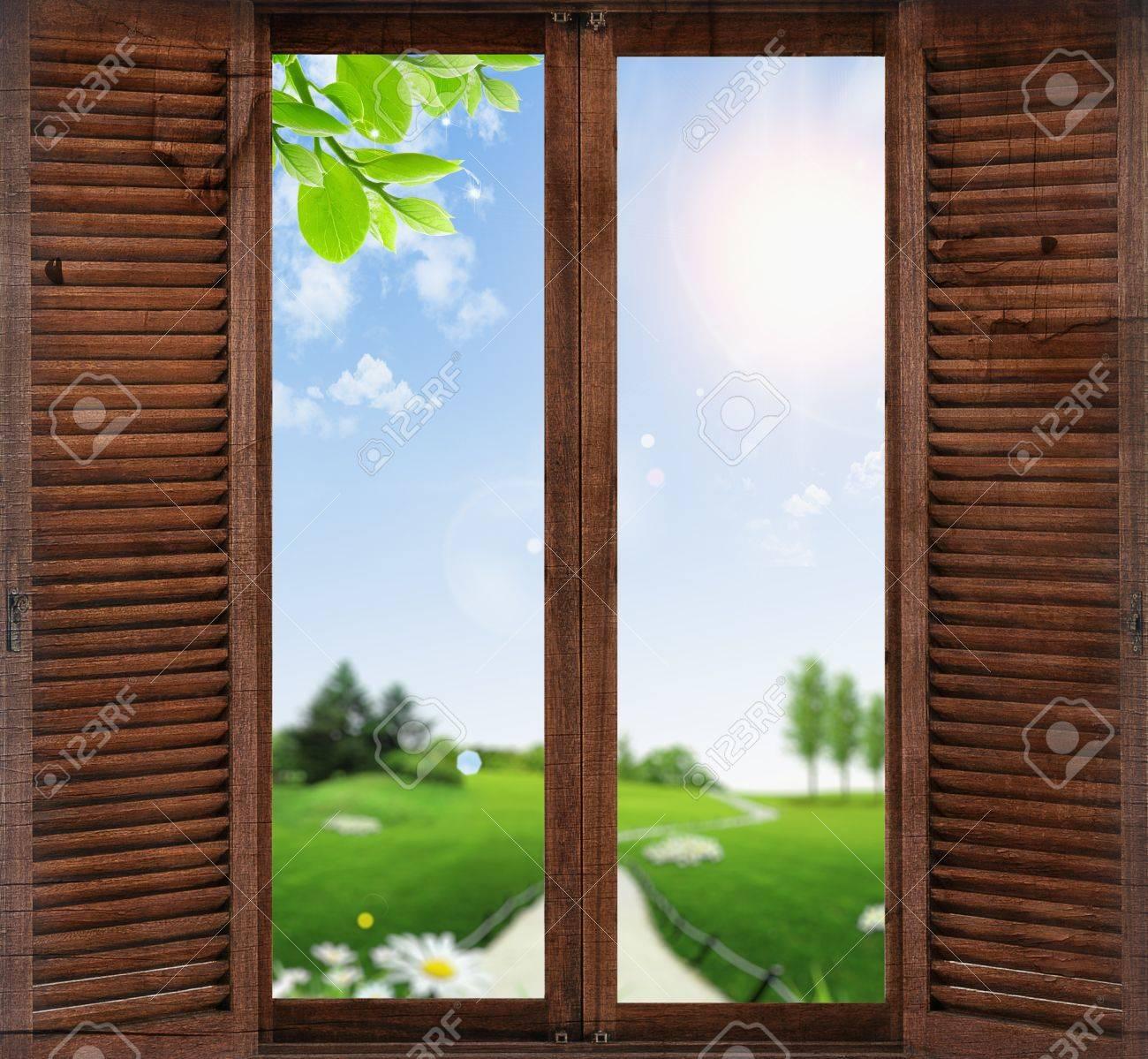 window overlooking the garden Stock Photo - 16292371