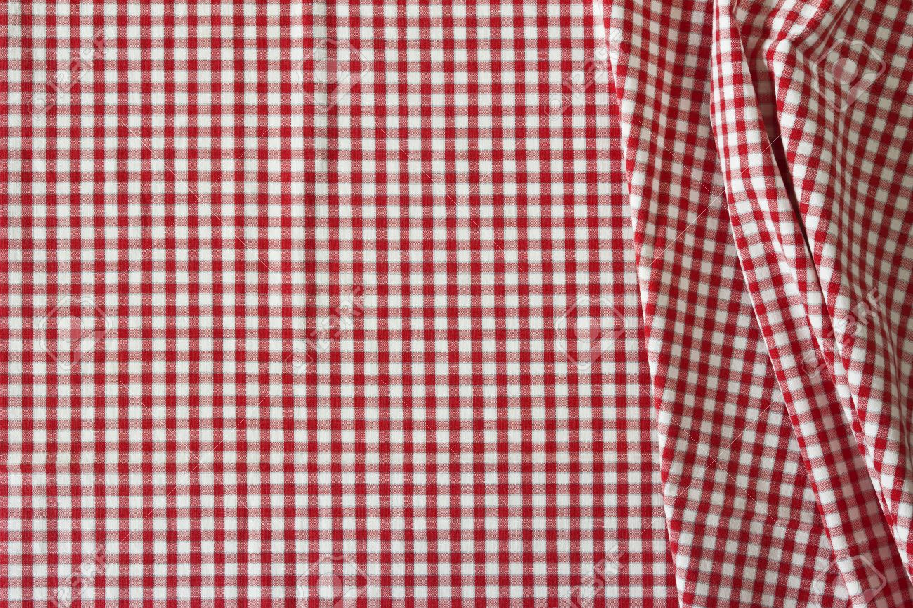 The White And Red Checkered Tablecloth For Background Stock Photo   28346867
