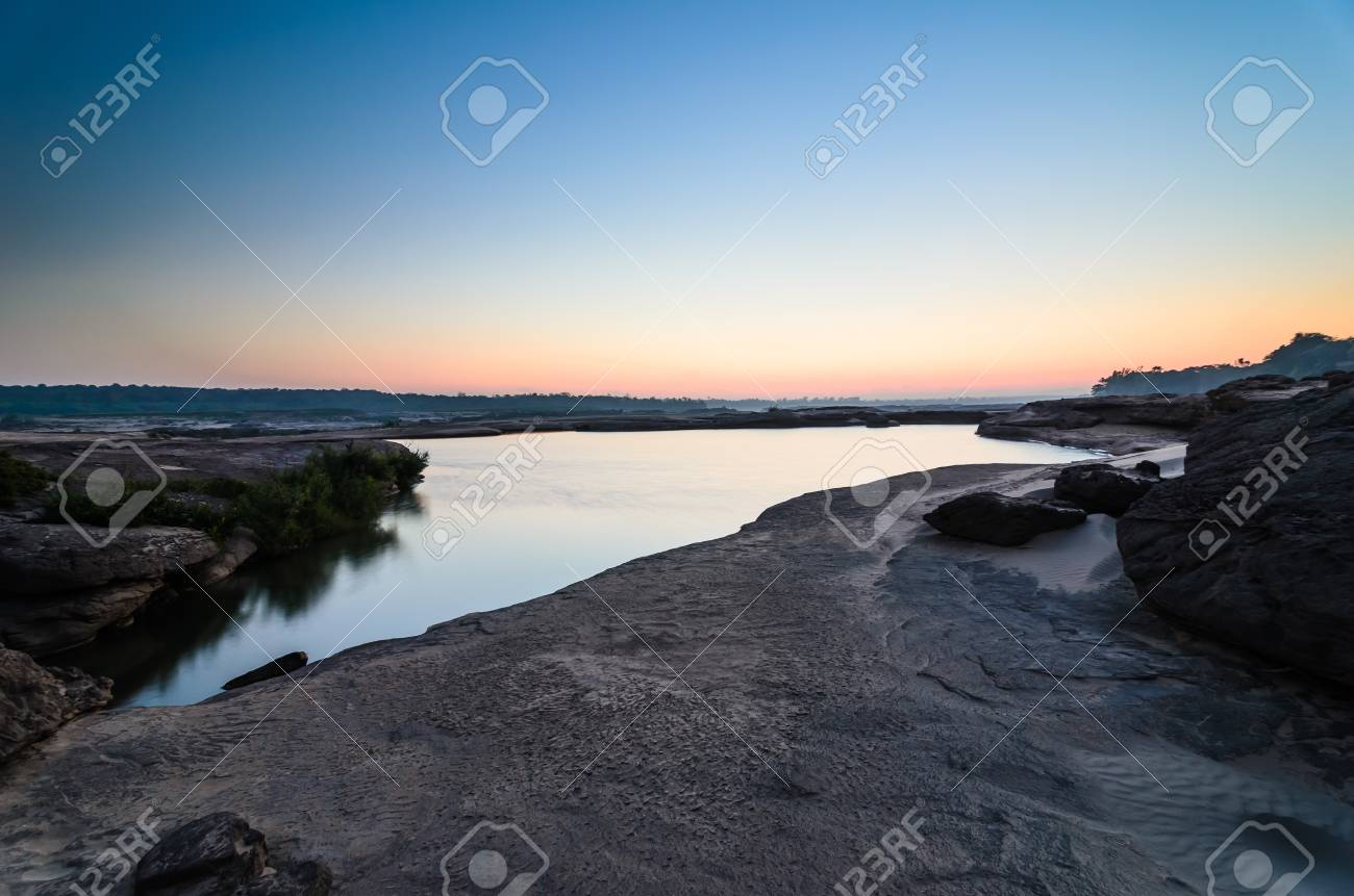 pond in Sampanbok , in Mekong River, Ubon Ratchathani. Grand canyon in Thailand Stock Photo - 15657119