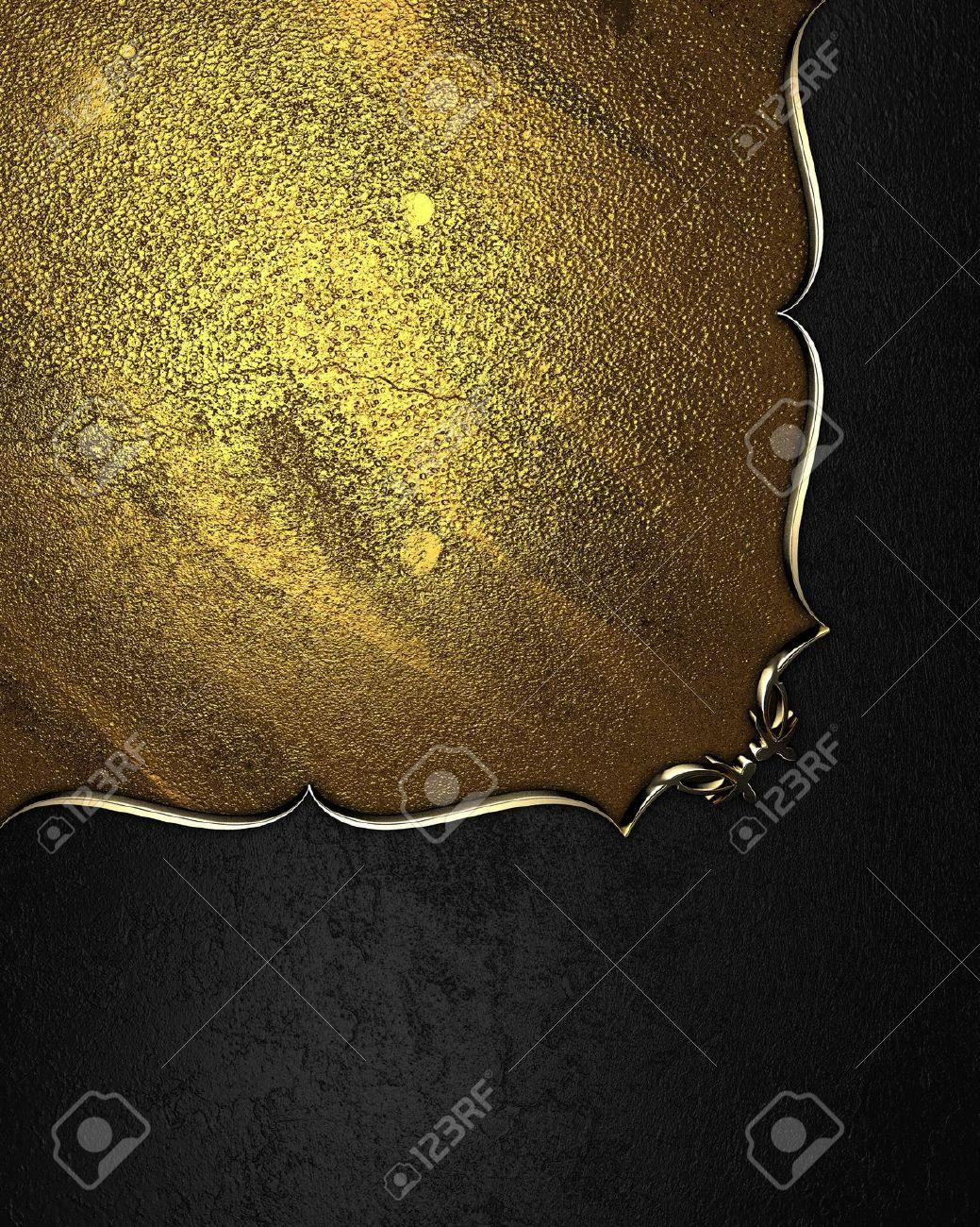 Design vorlage   schwarz textur mit einem gold typenschild mit ...