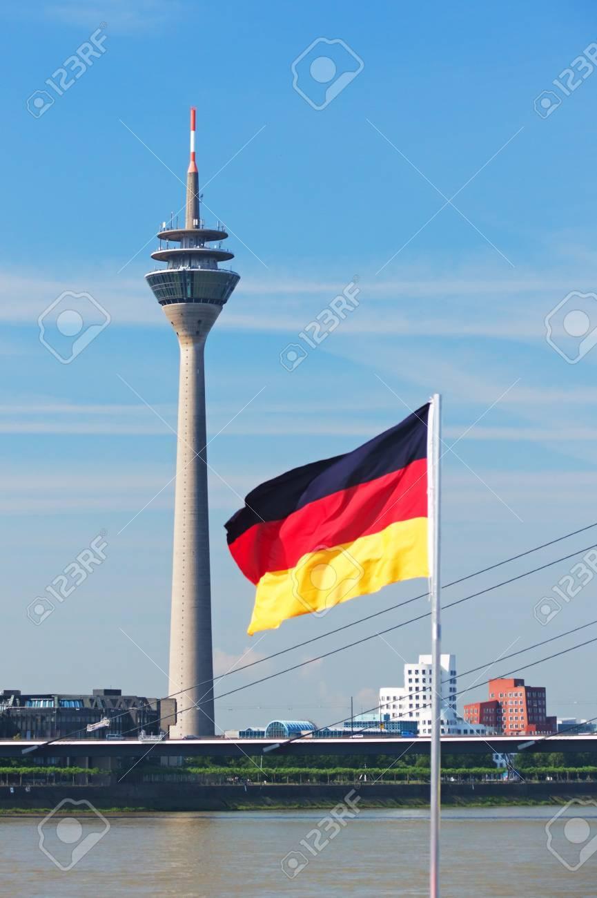 Media Port (Medienhafen) and Rheinturm tower Dusseldorf - 8817367