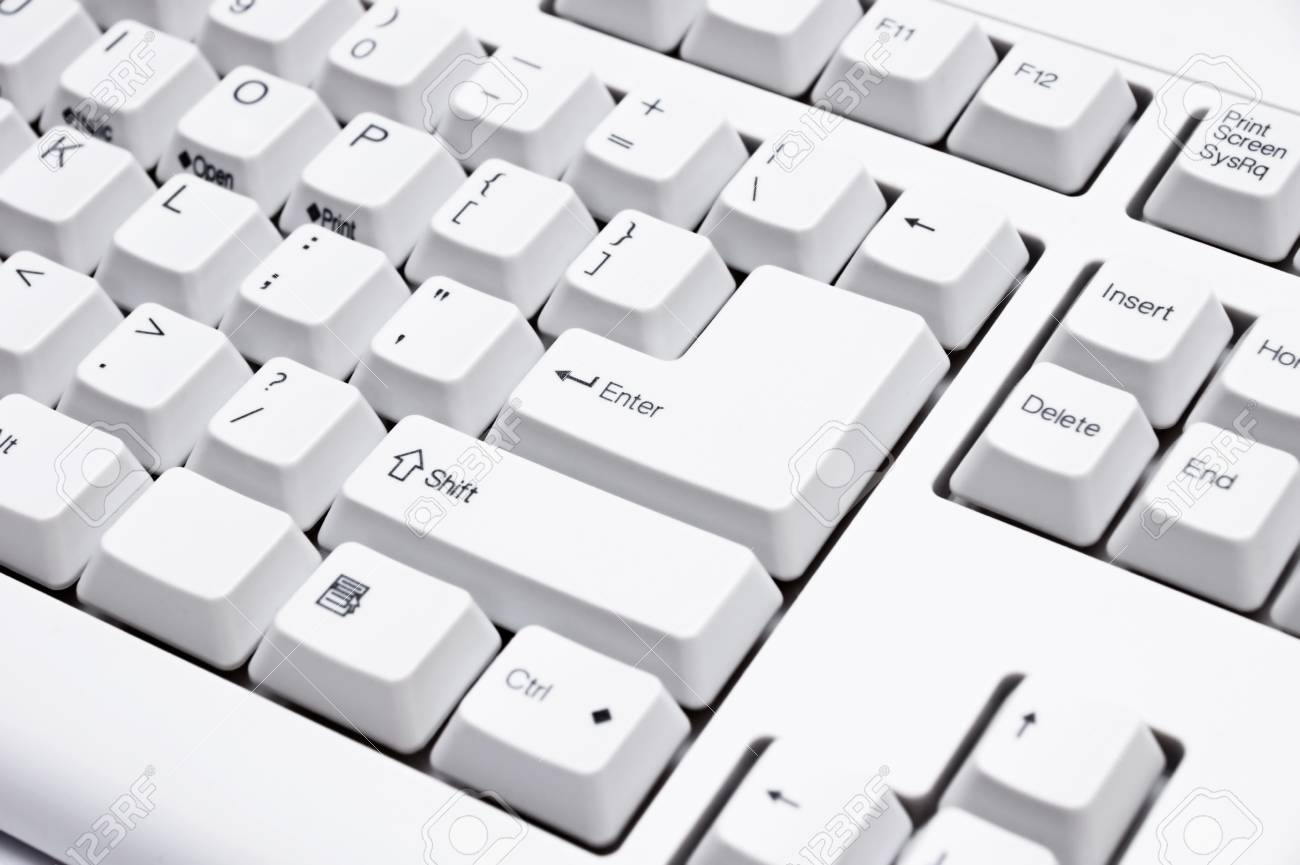 close-up of the white keyboard - 9181566