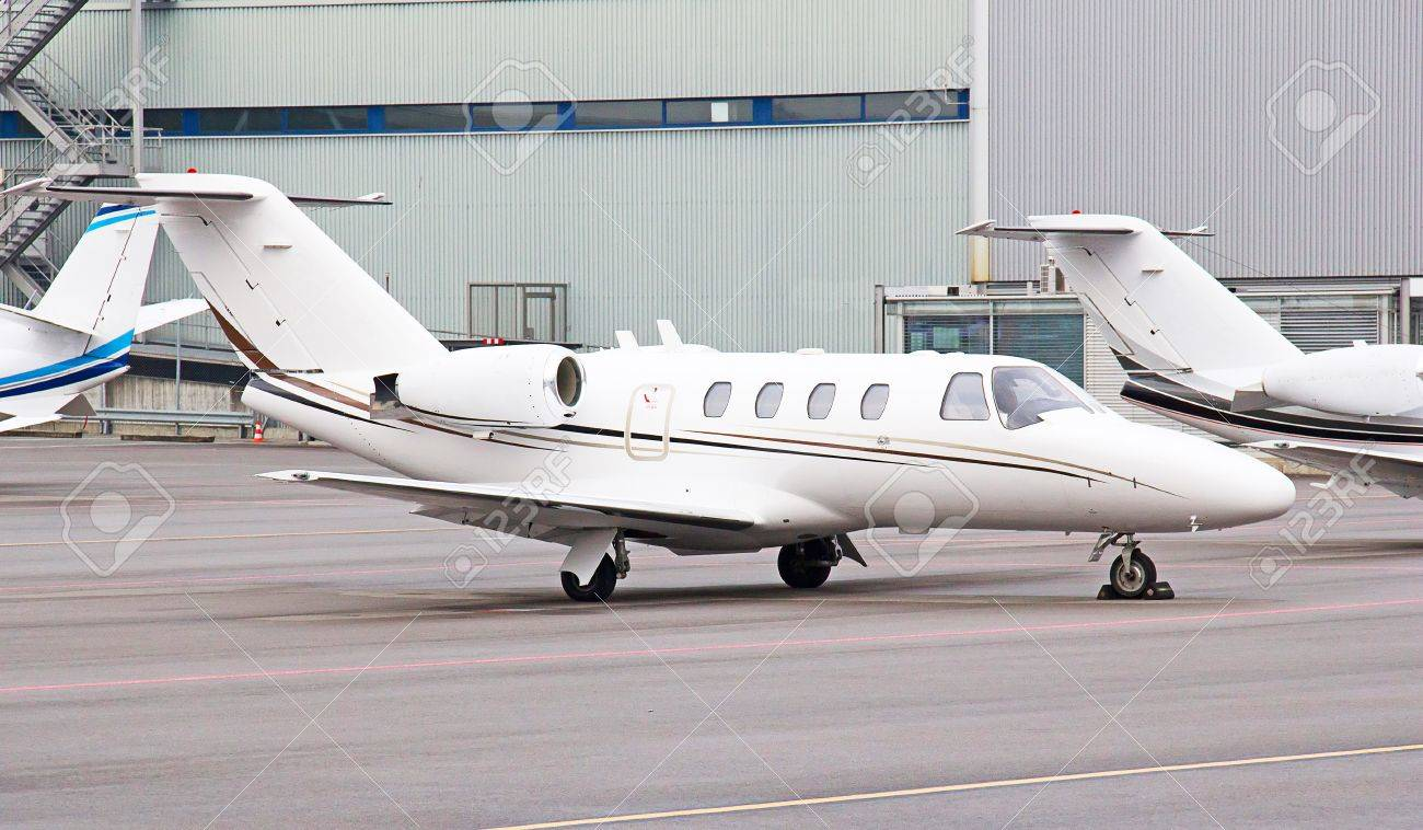 private jet airplanes waiting for passengers Stock Photo - 13072631