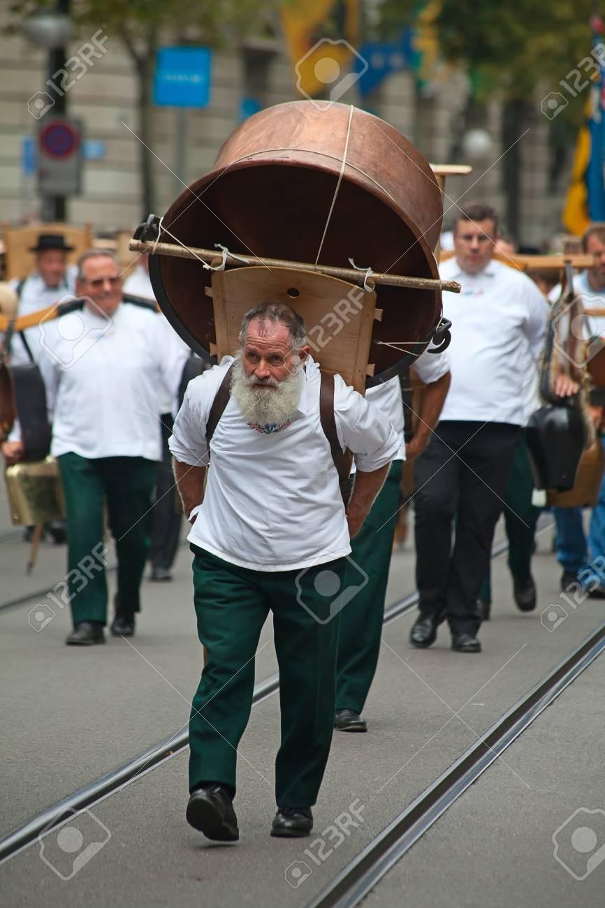 ZURICH - AUGUST 1: Swiss National Day parade on August 1, 2009 in Zurich, Switzerland. Representative of canton Glarus in a historical costume. Stock Photo - 13580939