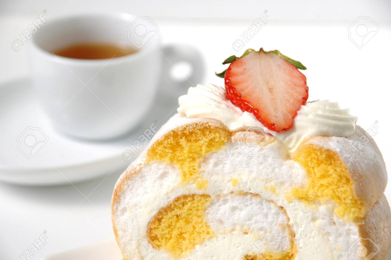 Image of cake with tea Stock Photo - 5039251