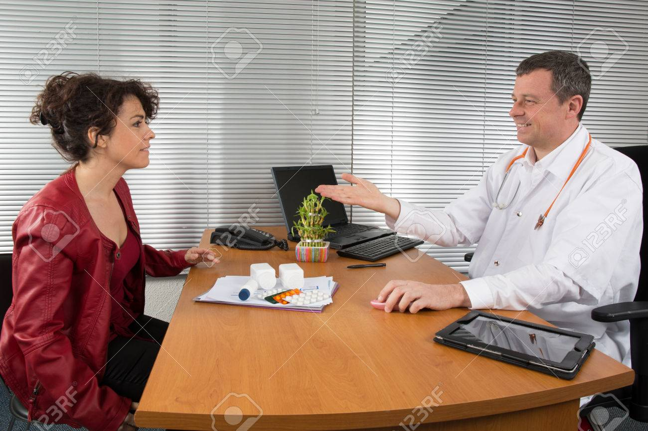 doctor receiving a w pharmaceutical s representative stock doctor receiving a w pharmaceutical s representative stock photo 38293148