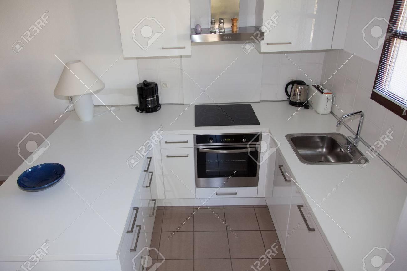 Plan De Travail Chrome cuisine, intérieur, propre, endroit, maison, intérieur, moderne, cuisinière  à induction, blanc, évier, plan de travail, conception, décor, maison,