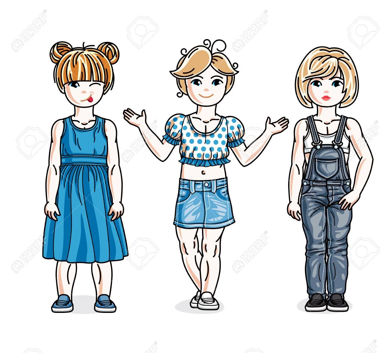 かわいい女の子がおしゃれなカジュアル服で立っています ベクター子供のイラスト セット 幼年期および家族の生活漫画です のイラスト素材 ベクタ Image 7573