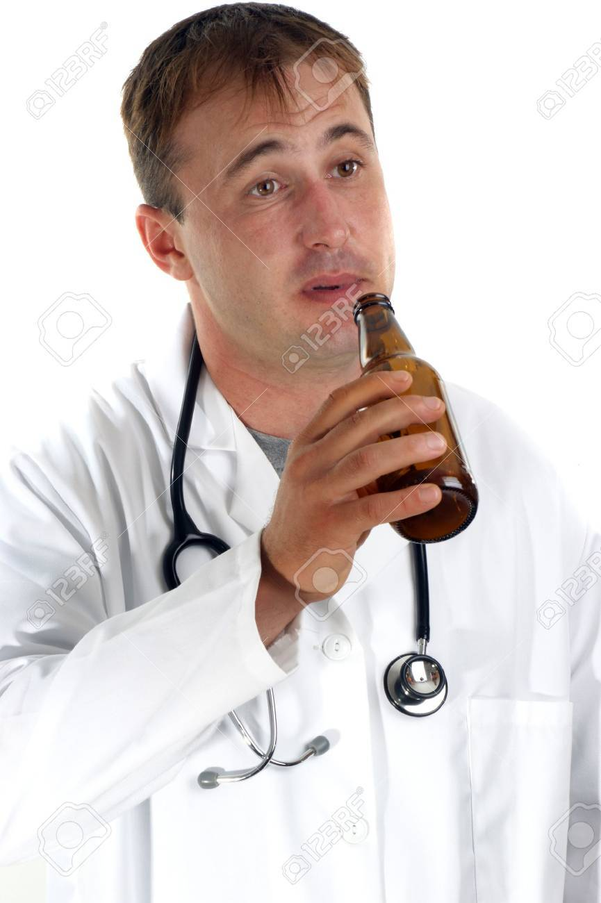 medical staff with a serious alcohol addiction problem Stock Photo - 9894808