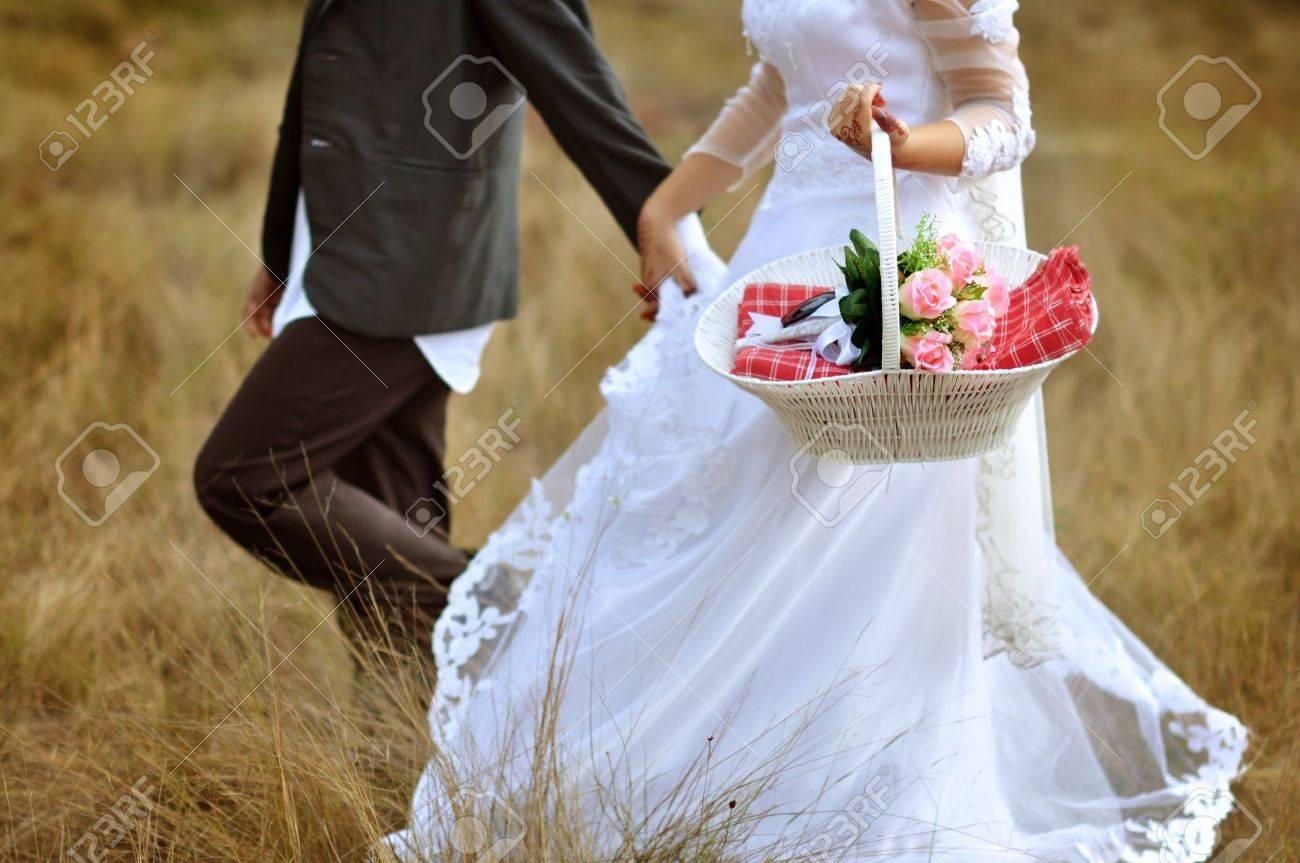 Фото невеста убегает с другим 7 фотография