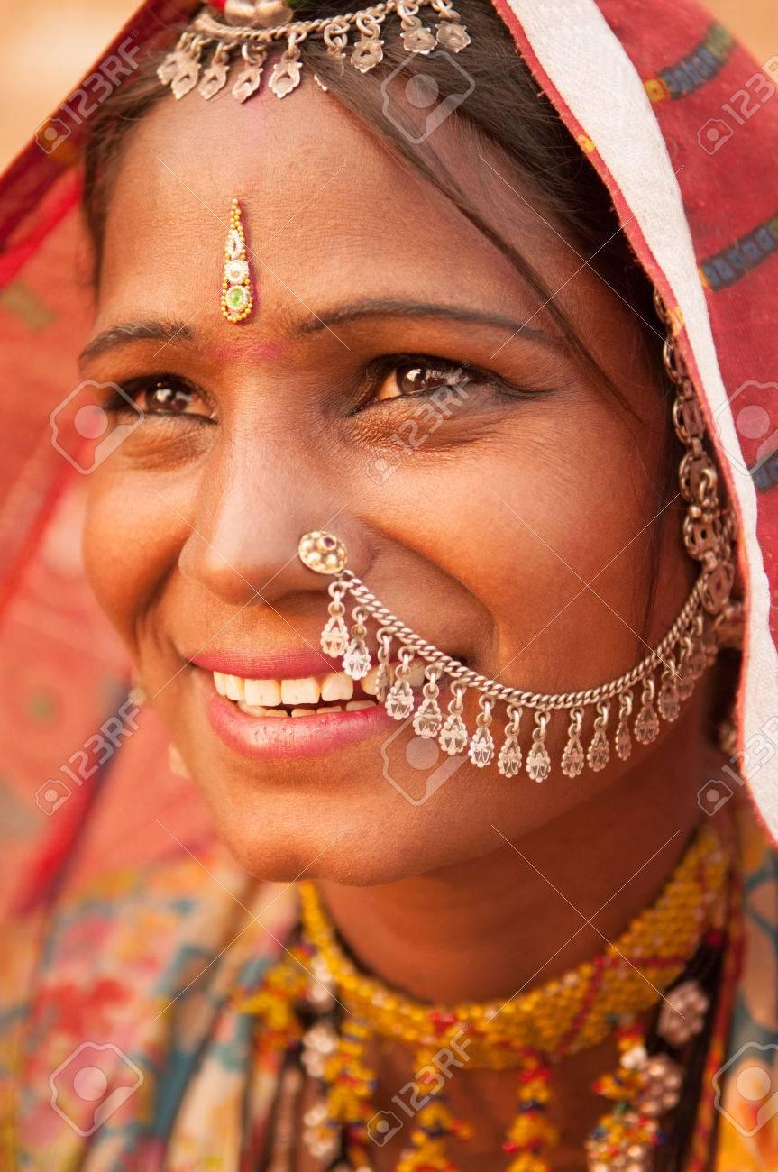 Warum haben indische frauen einen punkt auf der stirn