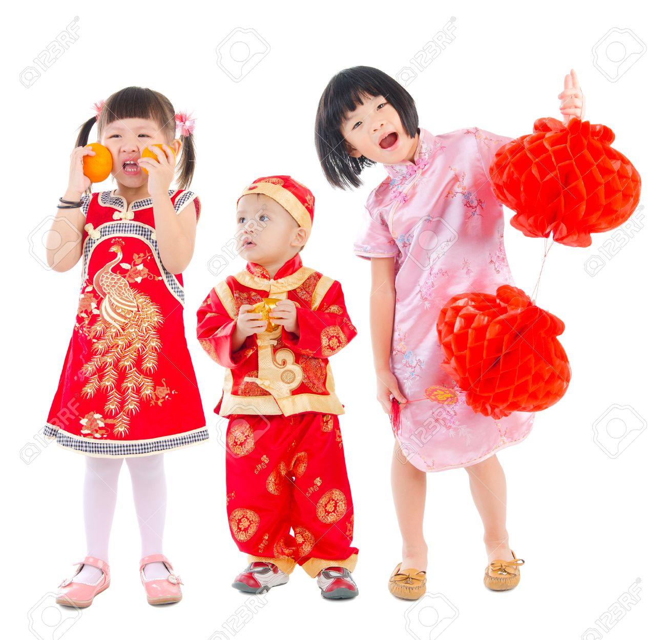 f3e937d30 Asian Kids In Traditional Chinese Costume Cheongsam Stock Photo - 44173839  Sc 1 St 123RF.com