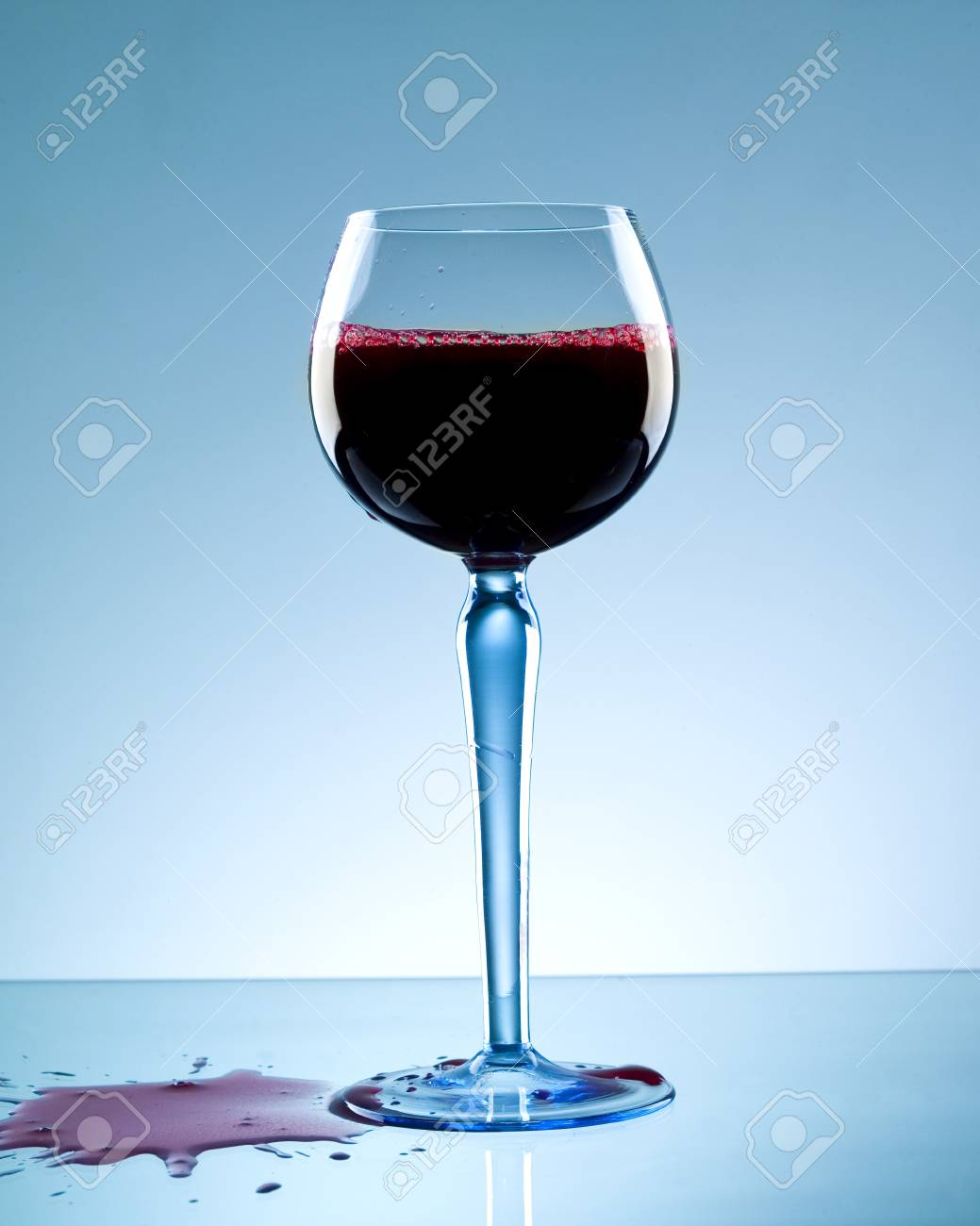 wine splash Stock Photo - 4569324