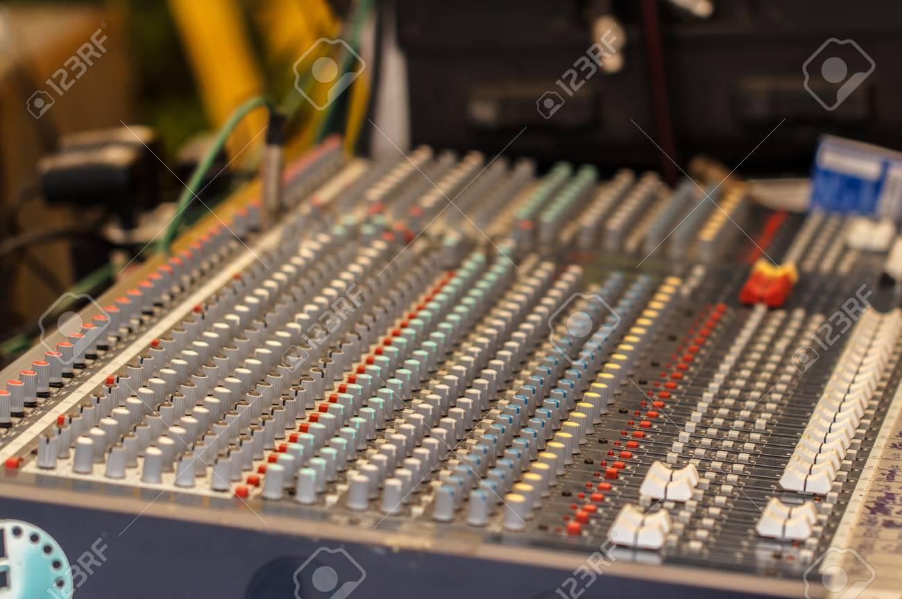 Quipement matériel de bureau grande musique de mixage pour le