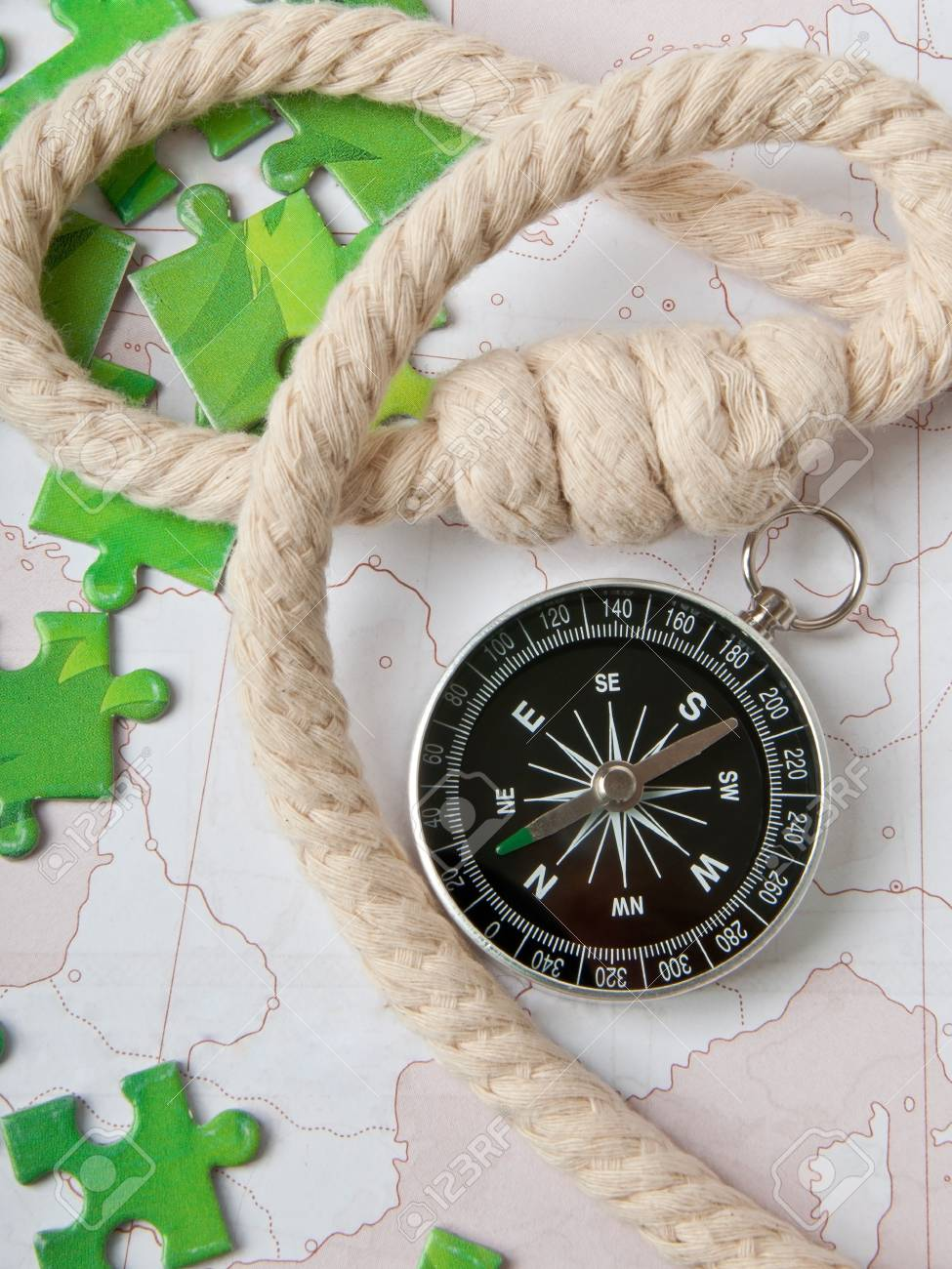 compass and rope Stock Photo - 15982742
