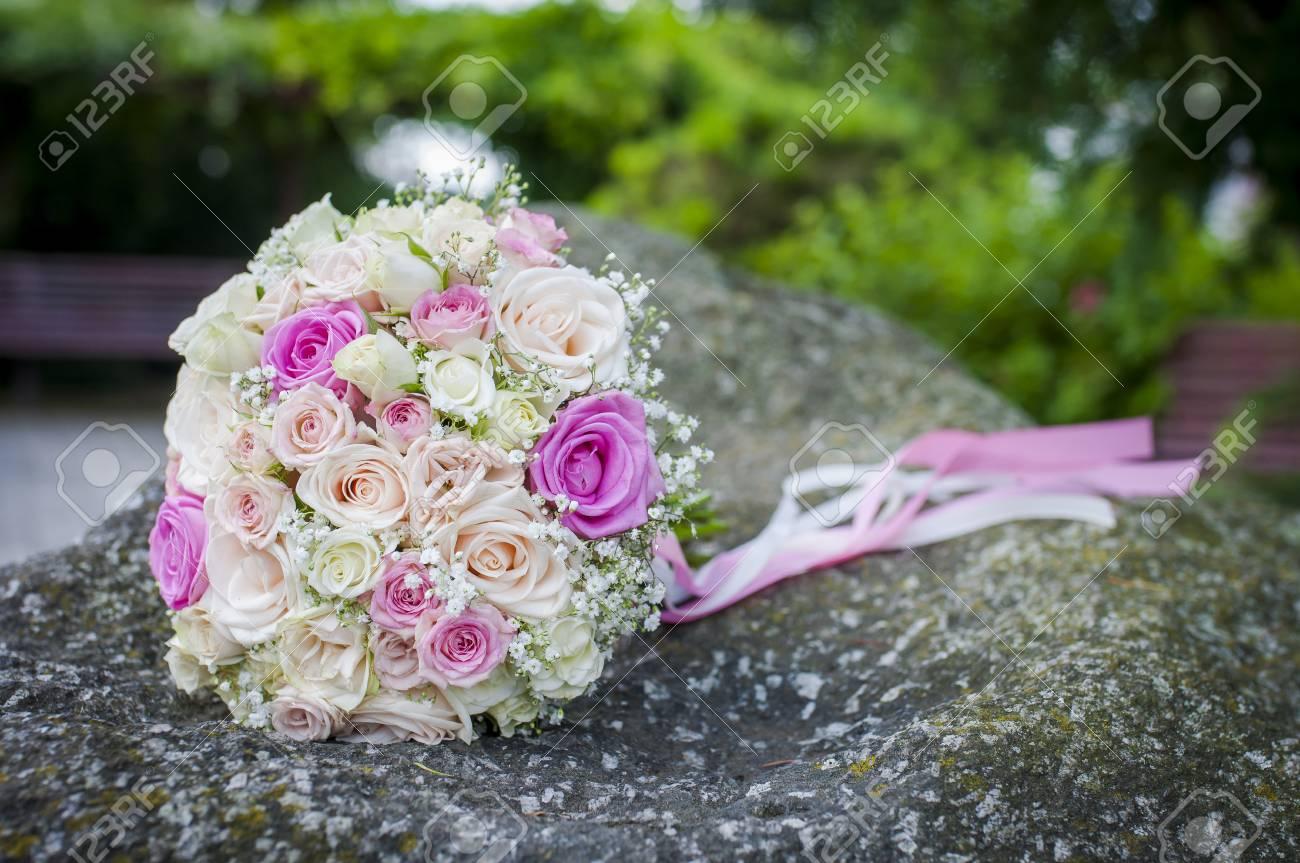 Nahaufnahme Des Schonen Hochzeitsblumenstrausses Von Den Rosen