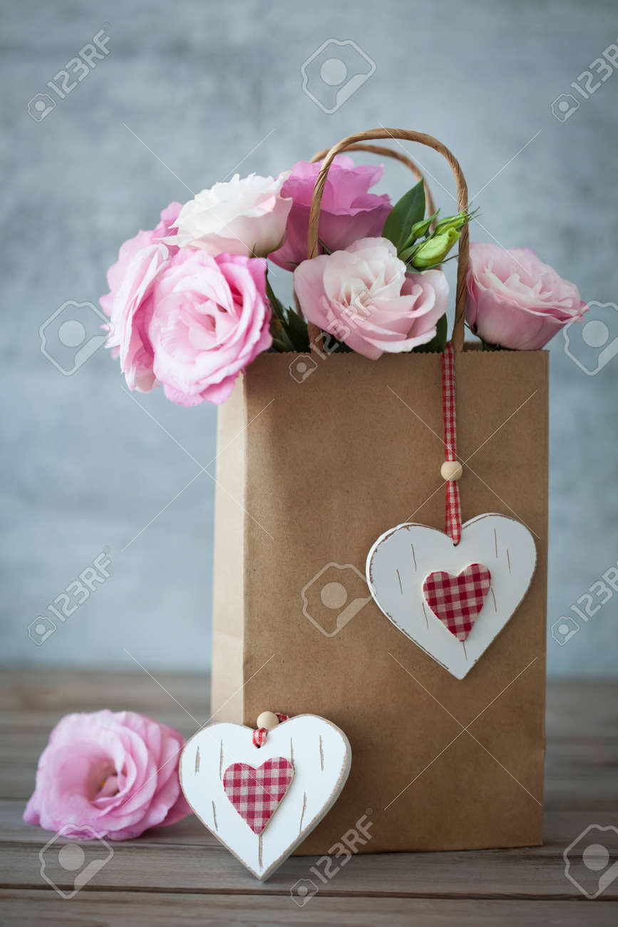 Romantic Gift with pink roses and handmade hearts - vintage style - 39336974