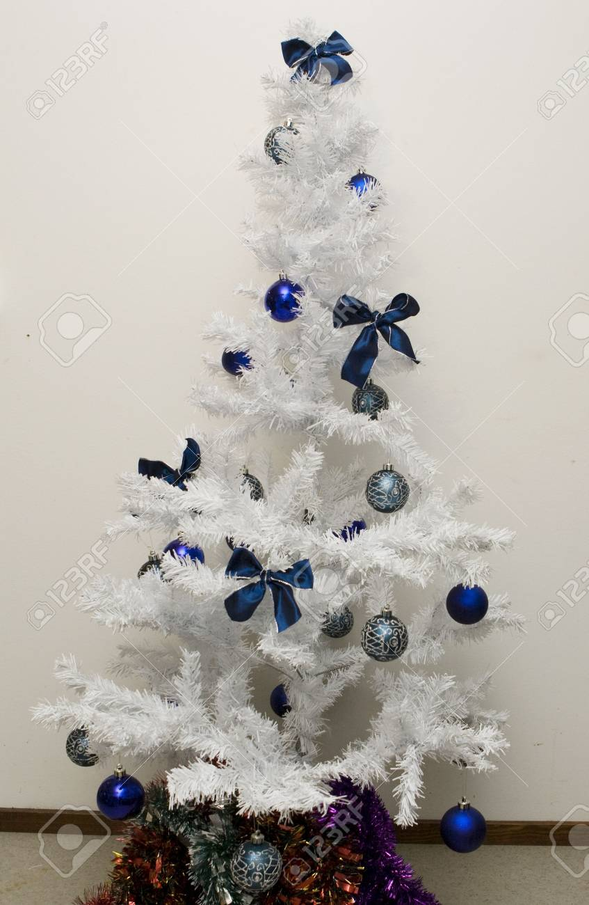 Christmas Tree Bows White.Christmas Series White Tree Decorated With Bows And Balls