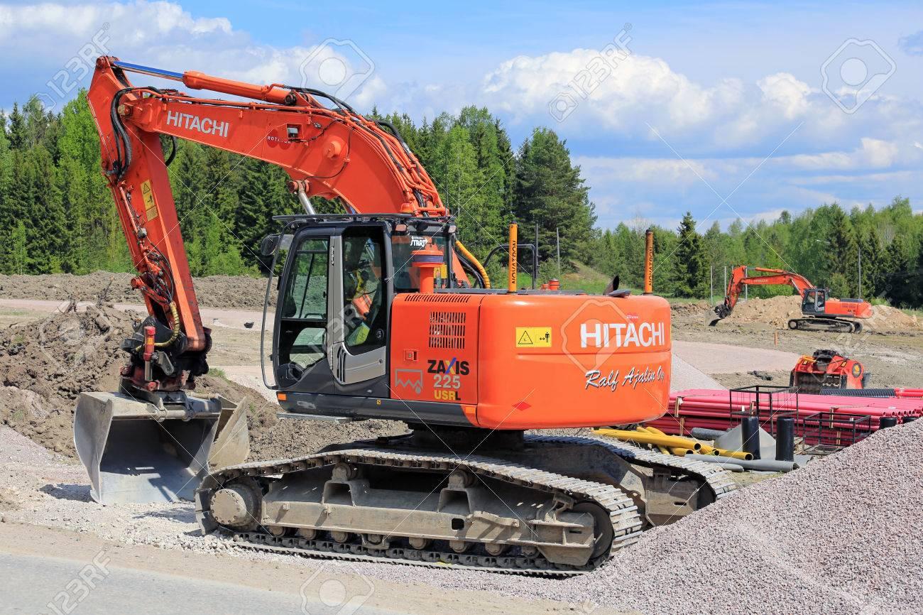 VIHTI, FINLAND - MAY 21, 2016: Hitachi Zaxis 225 USRL crawler