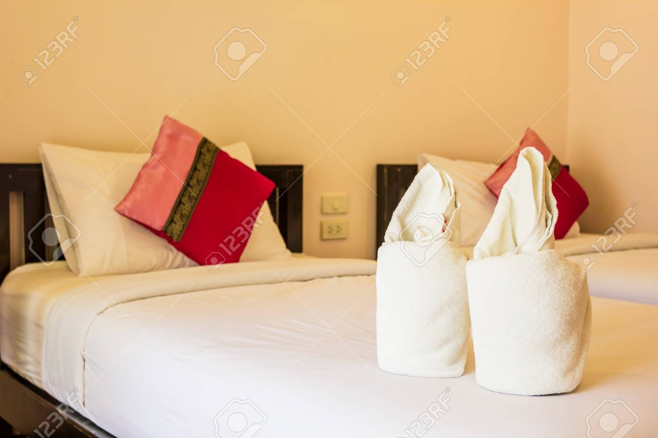 Serviette fleur blanche à la chambre hôtel Voyage en Thaïlande Asie