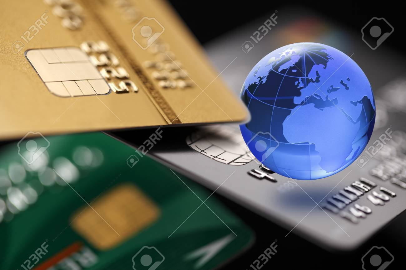 Internet Banking. Credit card with Globe. Payment concept. - 55300292