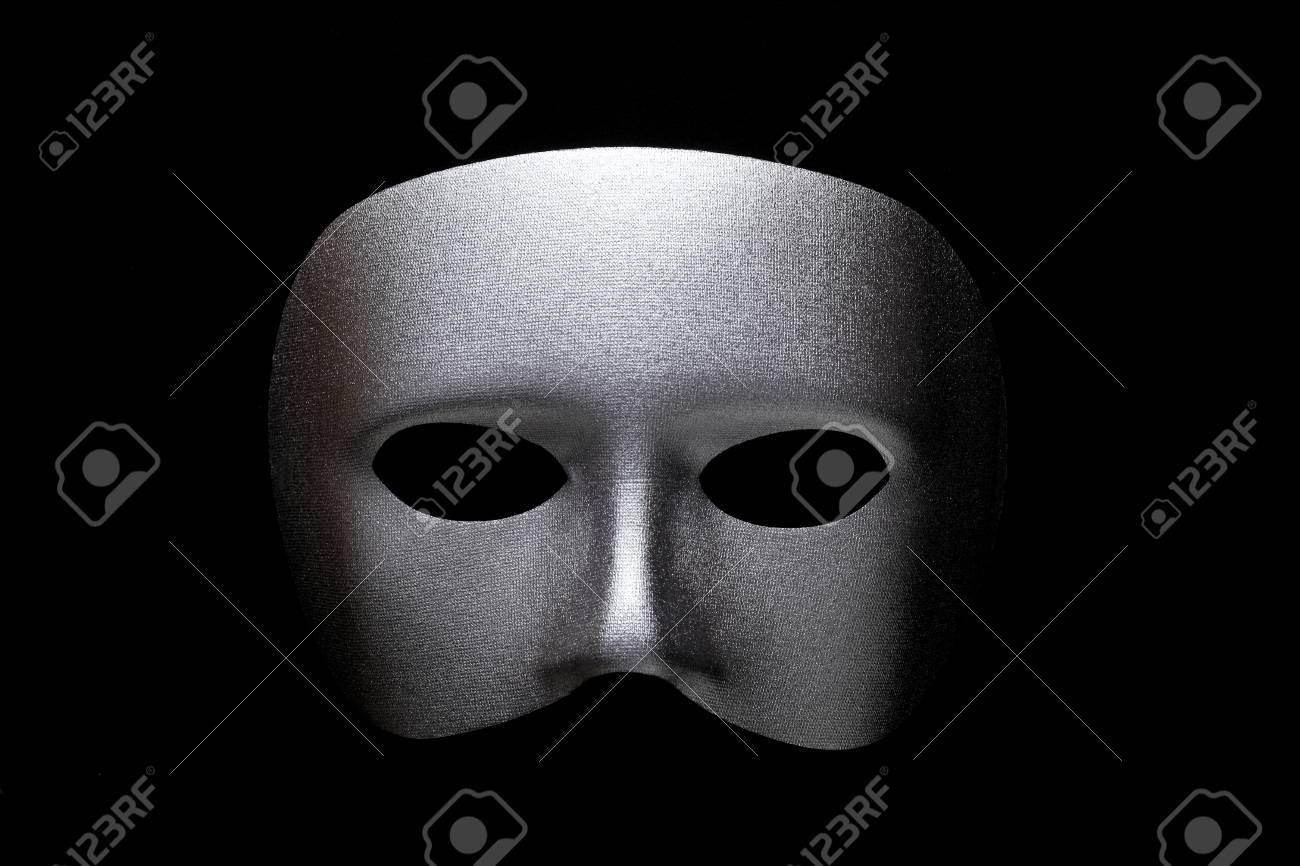 ?Silver mask - 60034298