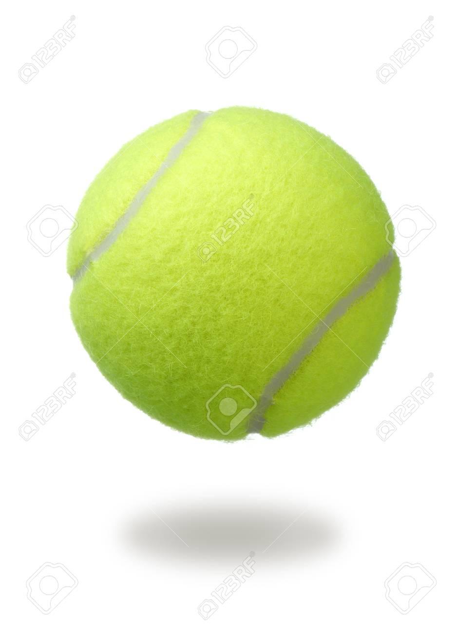 65426d9121b2b Balle de tennis isolée sur fond blanc. balle de tennis de couleur verte.  Banque