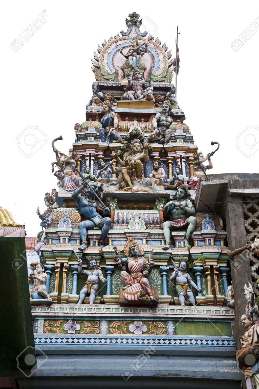god statue on the roof of hindu temple, dambulla, sri lanka Stock Photo - 10934285