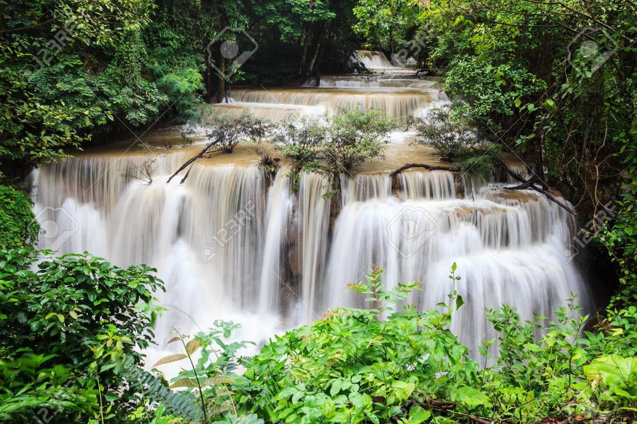 Waterfalls in thailand Stock Photo - 21503541