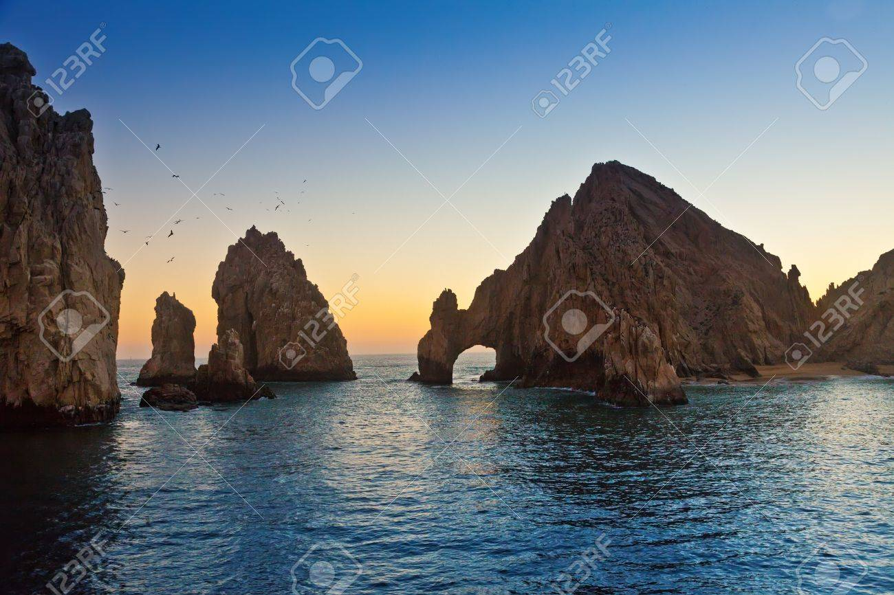 Natural rock formation and arch at Land - 16928845