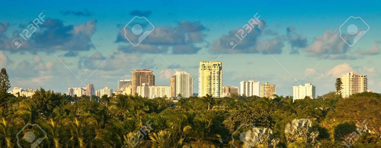 Panaramic view of city of Ft Lauderdale, Florida - 19859789