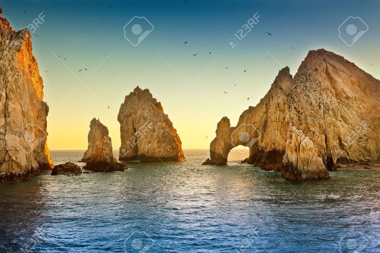 Natural rock formation at Land's End, in Cabo San Lucas, Mexico - 23979360