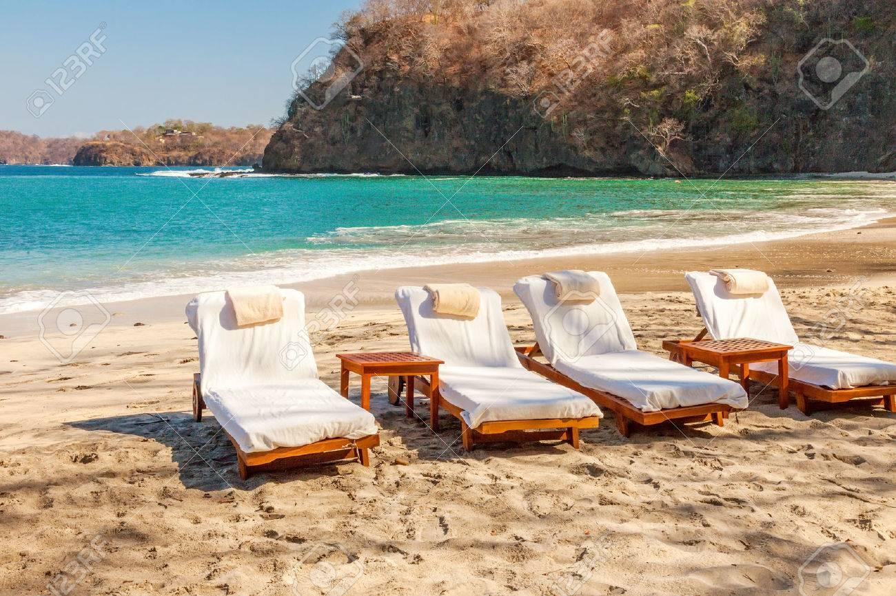 Scenic view of the beach along the Golfo de Papagayo in Guanacaste, Costa Rica - 27295350