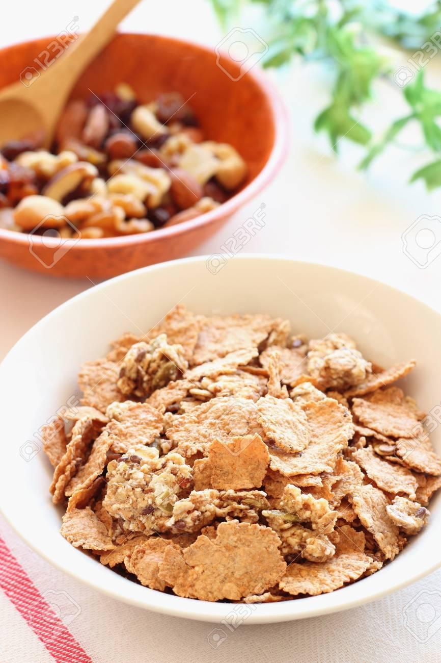 Healthy breakfast granola cereal Stock Photo - 15686748