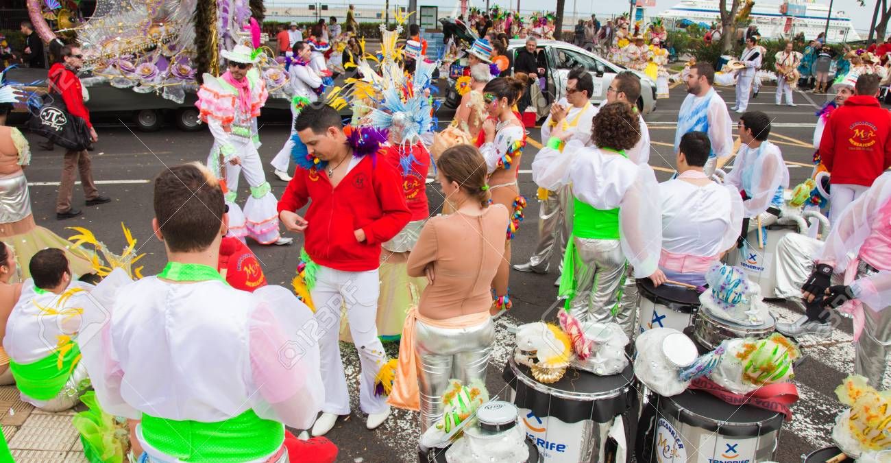SANTA CRUZ, SPAIN - February 12: participants prepare and assemble for the carnival parade for one of the most important carnivals in the world on February 12, 2013 in Santa Cruz de Tenerife, Spain Stock Photo - 17951110