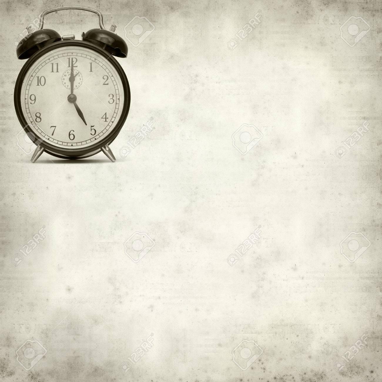 old fashioned alarm clock Stock Photo - 22480556