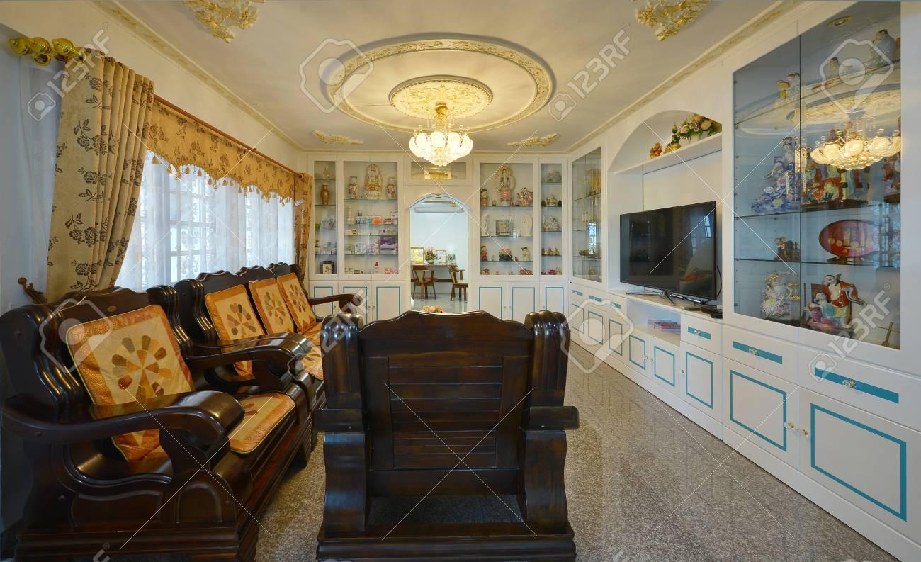 Elegant Oriental Classic Vintage Chinese Living Room, Interior Design Stock  Photo   94062195