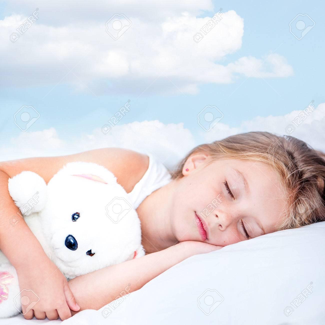 Little Girl Sleeping Night Stock Photos & Little Girl Sleeping ...