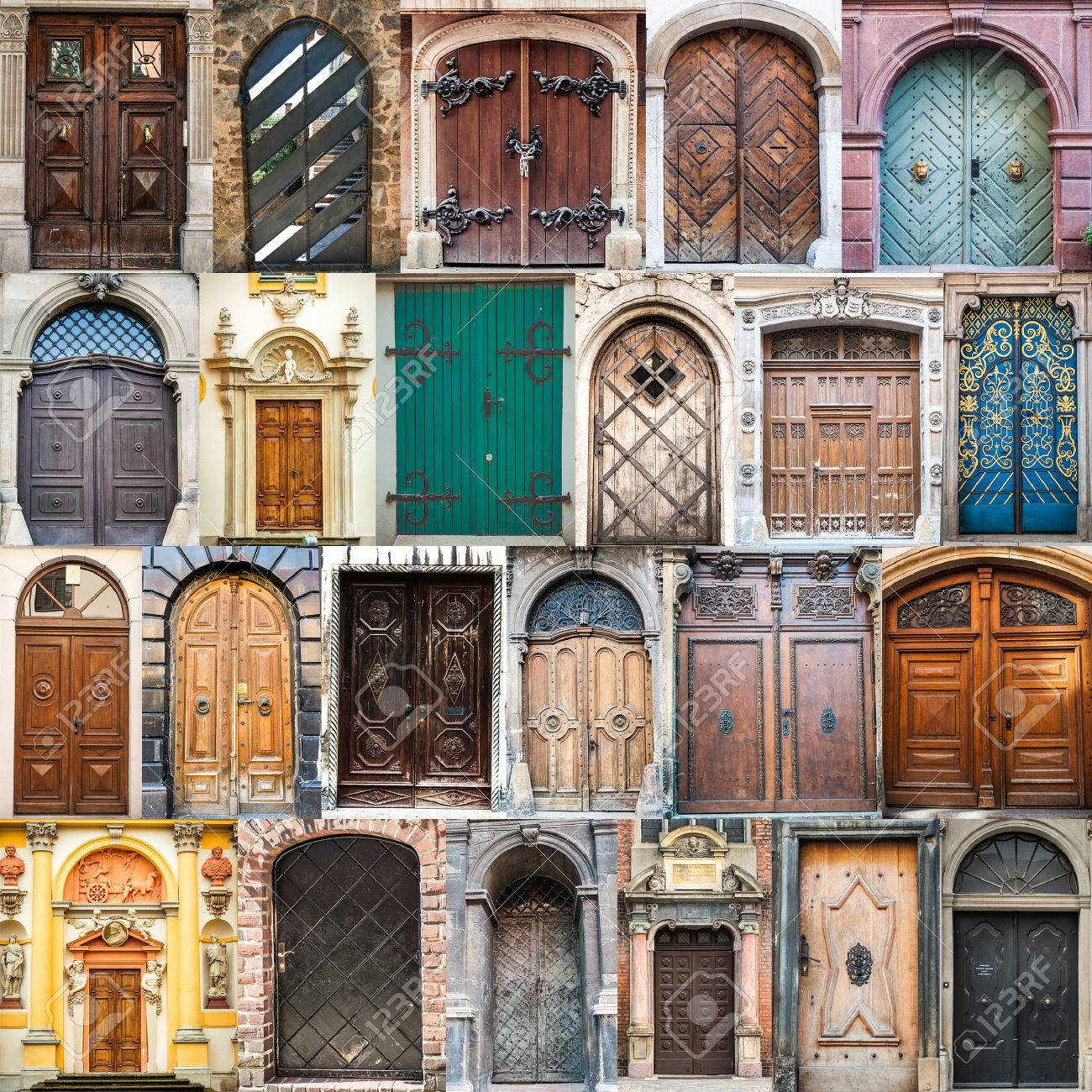 photos of doors on the old districts of Europe - 39465963