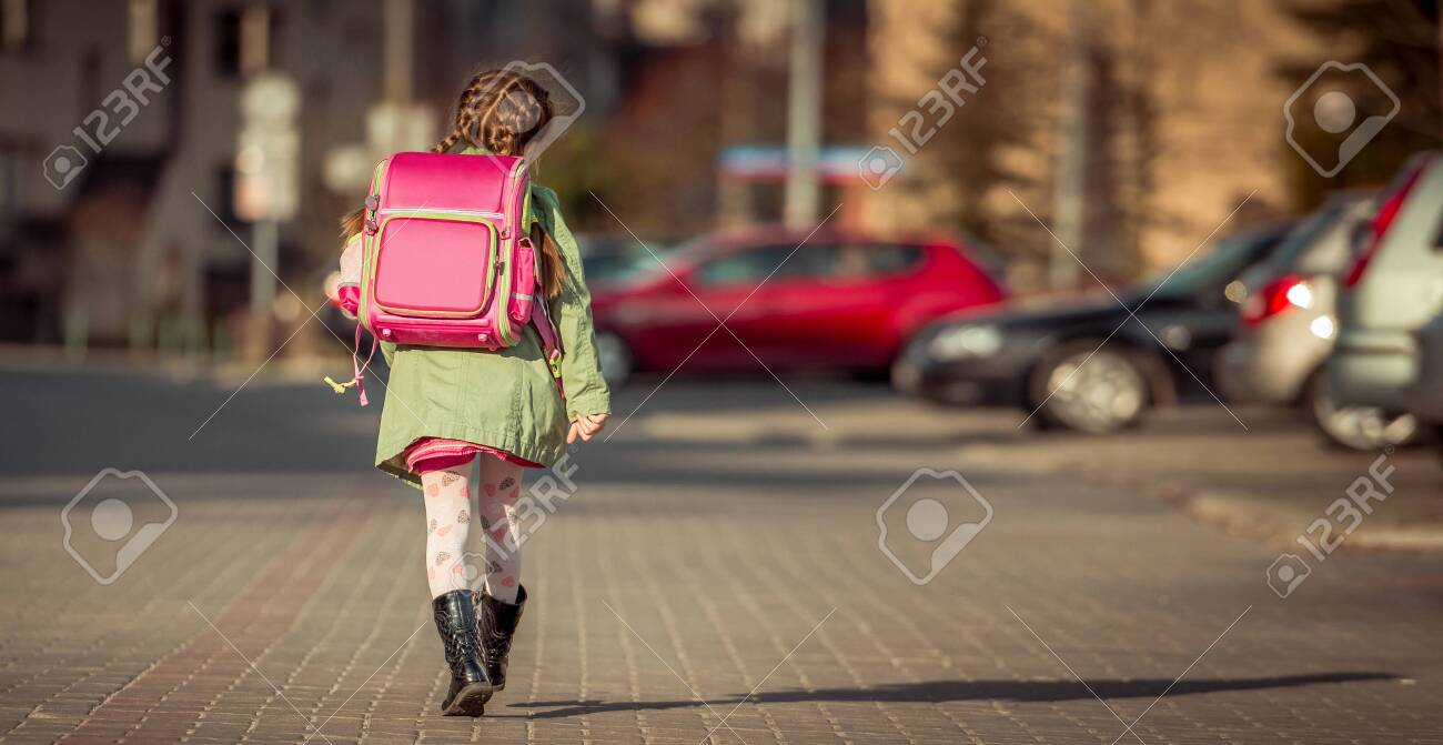 little girl going to school - 129884804