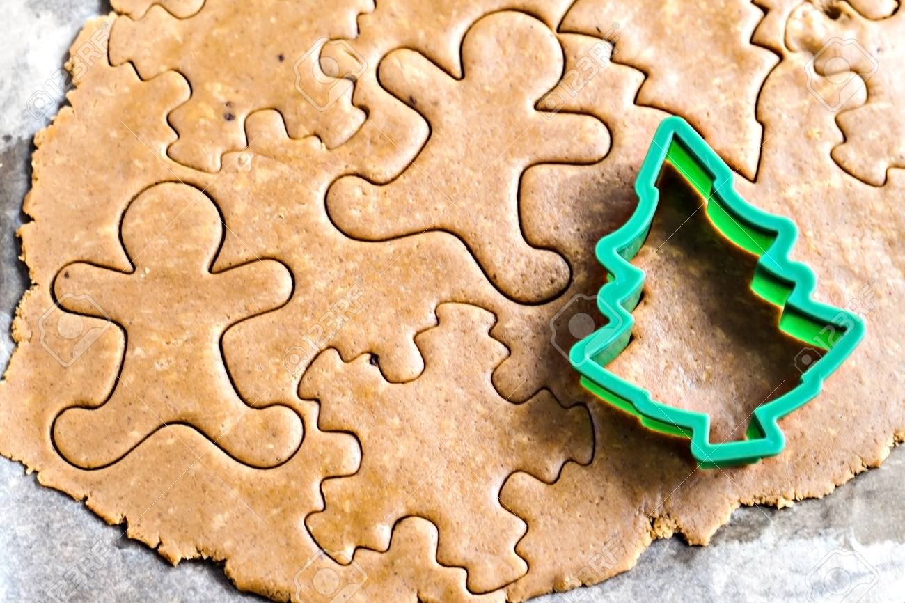 The Stretched Raw Ginger Biscuits And Christmas Tree Shape