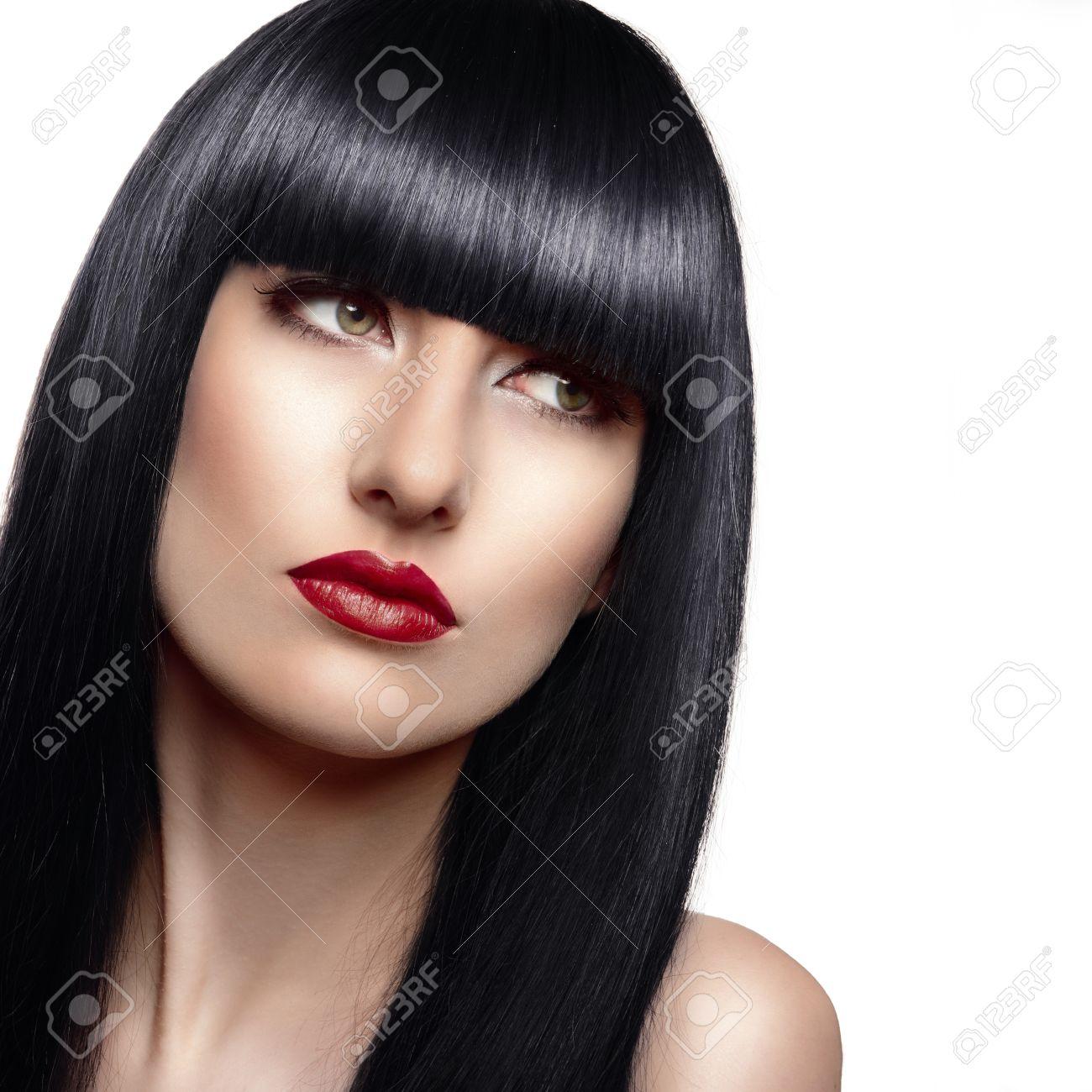 Portrait De La Belle Femme De Mode Avec De Longs Cheveux Et Coiffure